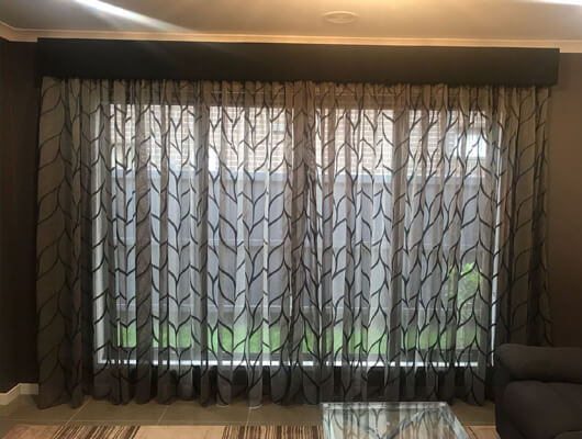 designer sheer-in warwick with curtain padded Pelmets