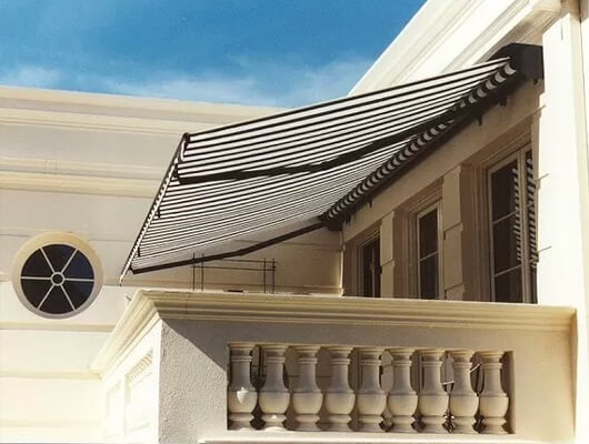 Folding-Arm-Awnings-–-Standard