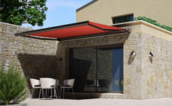 Retractable-Awnings-Main