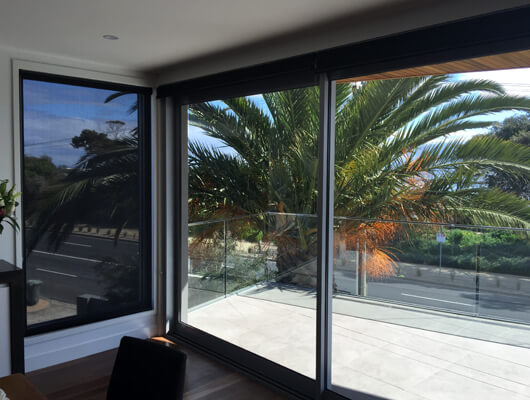 Sunscreen-roller-blinds-Alfrescro-Product