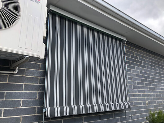 canvas-fixed-guide-crank-awning_Traditional-Automatic-Awnings