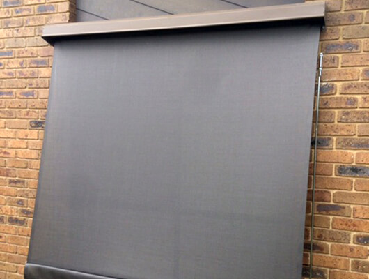 mesh-automatic-awnings_Traditional-Automatic-Awnings