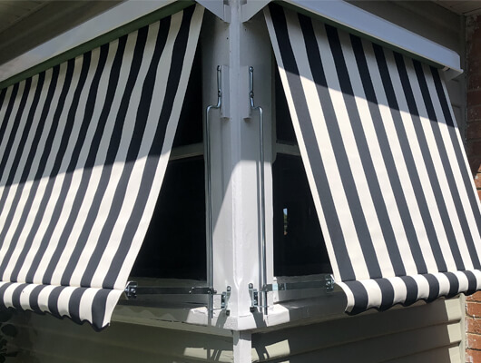 traditional-striped-canvas-awning_Traditional-Automatic-Awnings